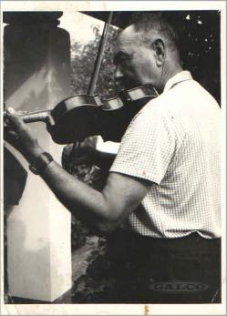 Kép: Gál Ferenc Hegedül